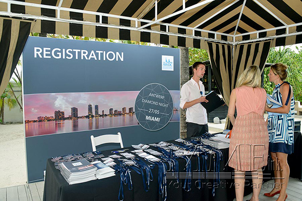 event registration booth