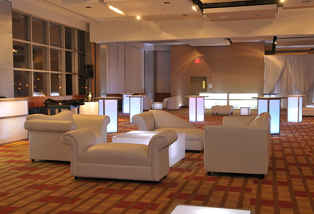 steiner-studios-white-lounge-lighting-services-lg-thumb.jpg