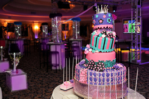 Best Sweet 16 cake design services